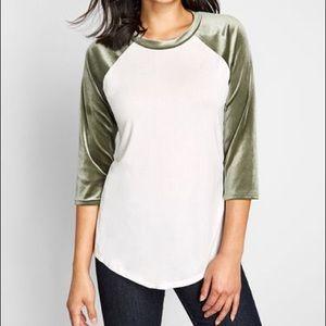 ModCloth Velvet Twist Raglan Top Size XL